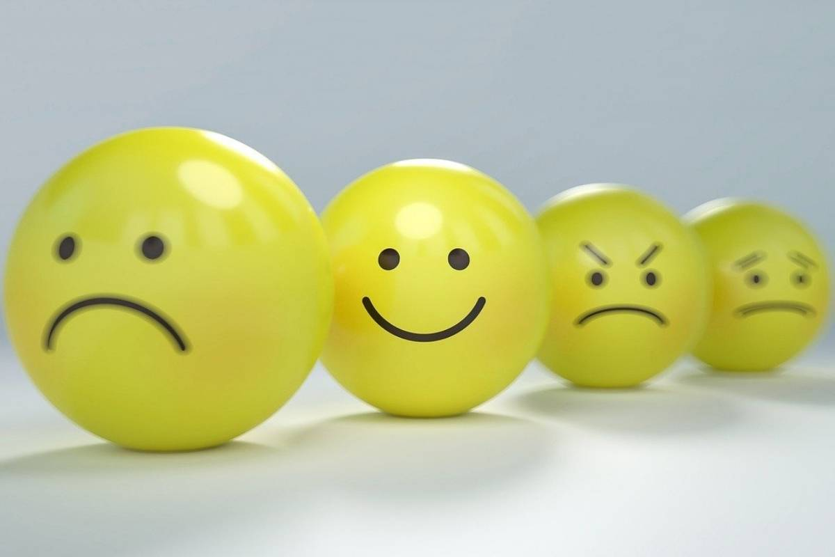 How To Control Facial Expressions - Yellow balls with different facial expressions drawn on them